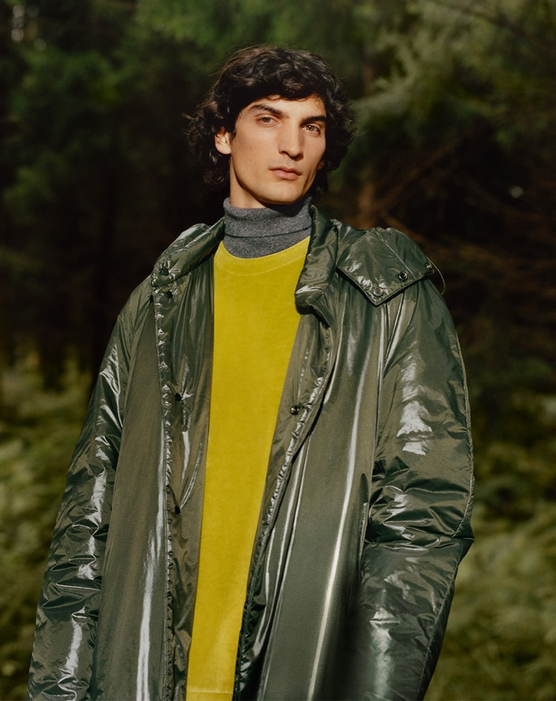 Luca Lemaire stars in COS' winter 2018 campaign.