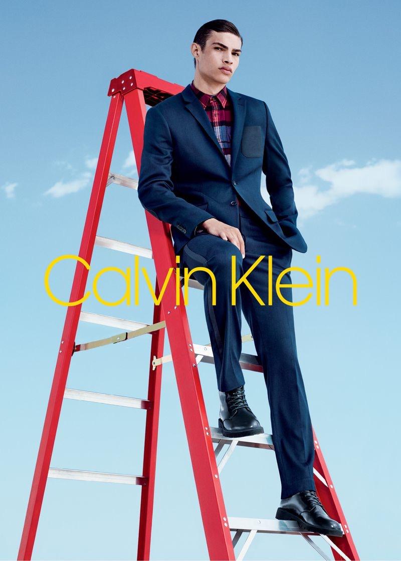 Noah Luis Brown dons a sharp suit for Calvin Klein's fall-winter 2018 men's campaign.