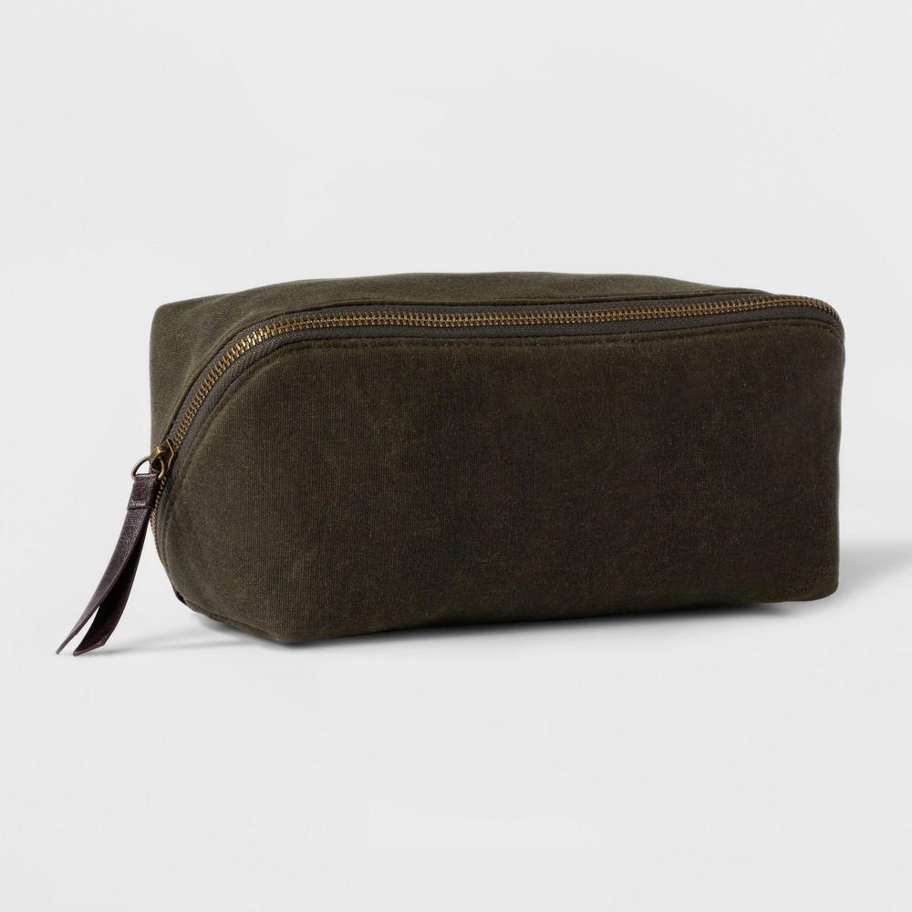 4c2461d21ee9 Diagonal Zip Kit – Goodfellow   Co Olive (Green)