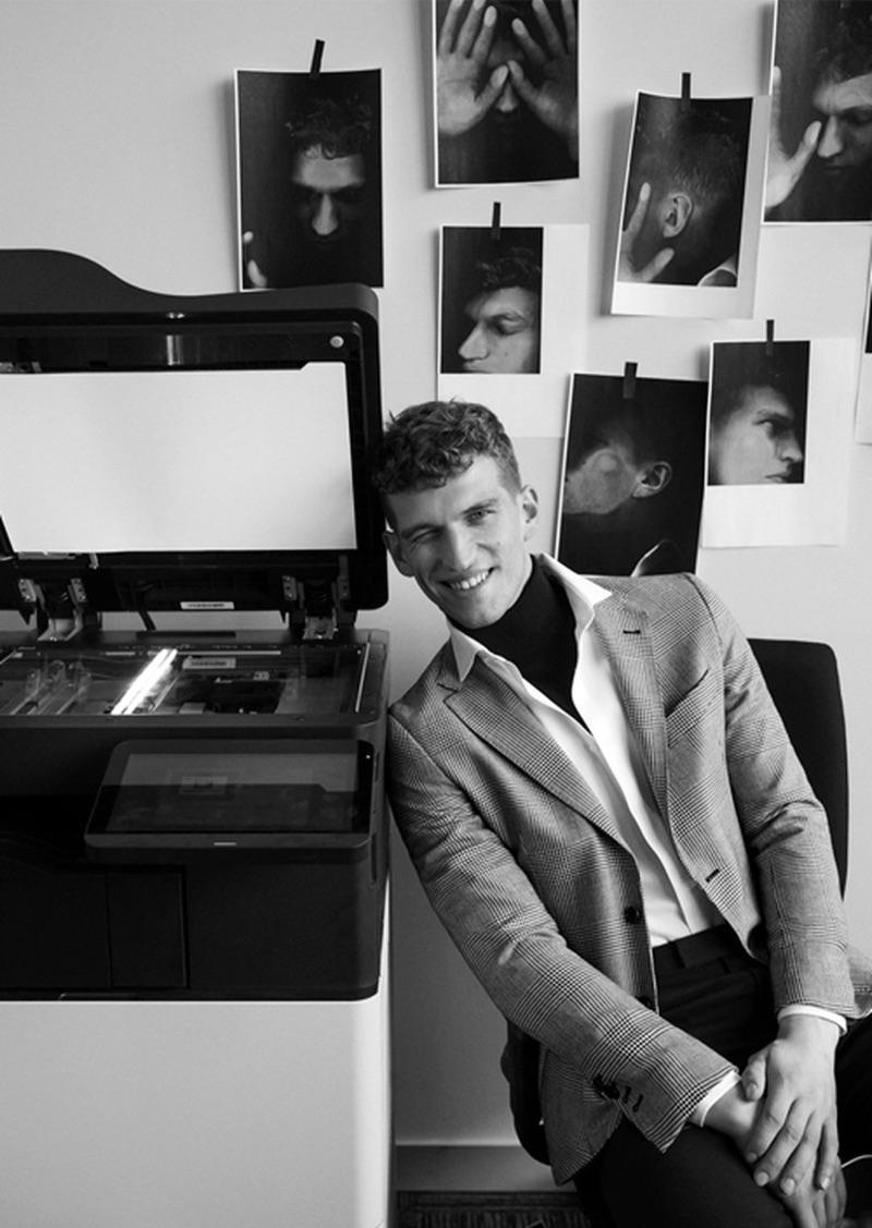 Gustave Lorré Goes to Work in Pedro del Hierro for Icon El País