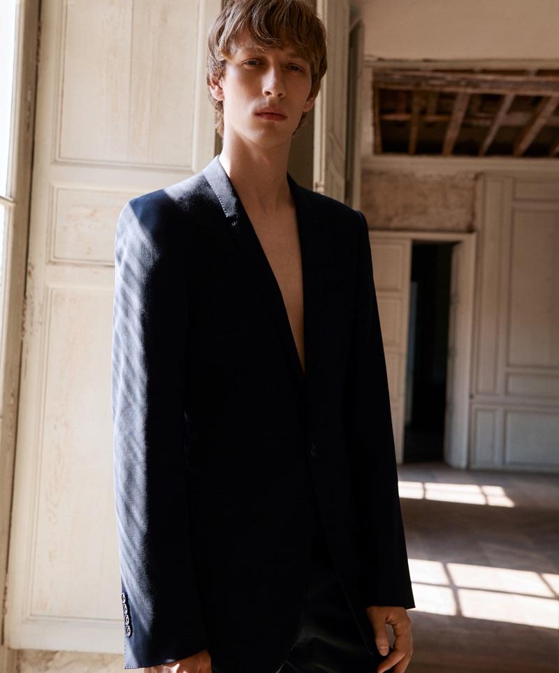Josef Ptáček Rocks Power Tailoring for L'Obs Magazine