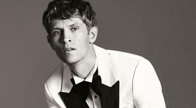 Reuniting with Zara Man, Mathias Lauridsen sports a white and black tuxedo.