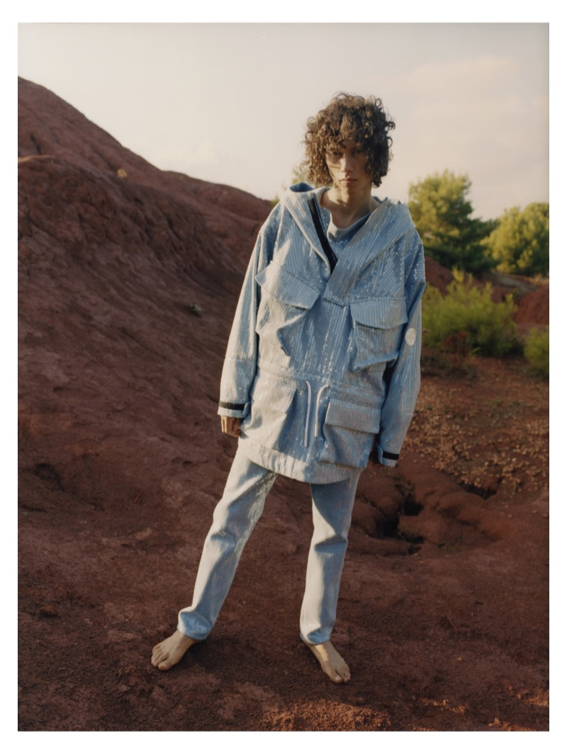 Taking to the desert, Diogo Guerreiro fronts Off-White's resort 2019 denim campaign.