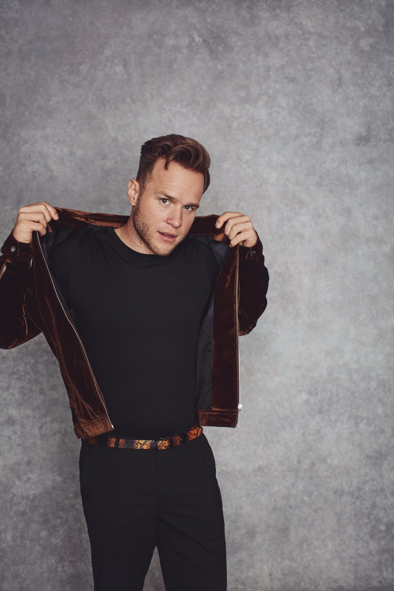 Making a lux fall statement, Olly Murs sports a velvet Harrington jacket with a simple tee from his River Island collaboration.
