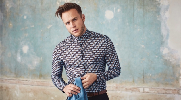 Olly Murs wears a geo print shirt from his River Island collaboration.