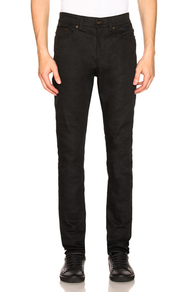 Saint Laurent Low Rise Skinny Jean in Black. - size 34 (also in 28,29,30,31,32,33,36)