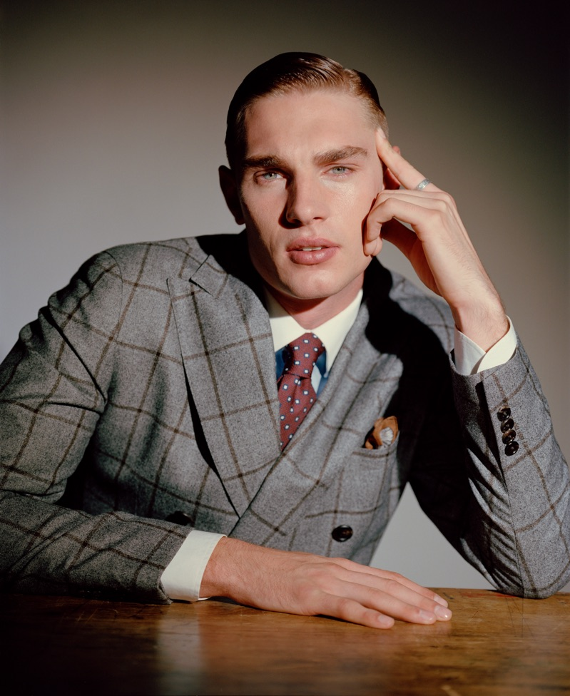 Tommy Marr sports a Luigi Bianchi Mantova suit with a shirt and tie by Corneliani.