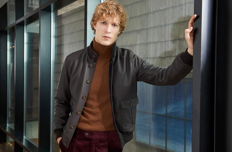Model Sven de Vries stars in Valstar's fall-winter 2018 campaign.