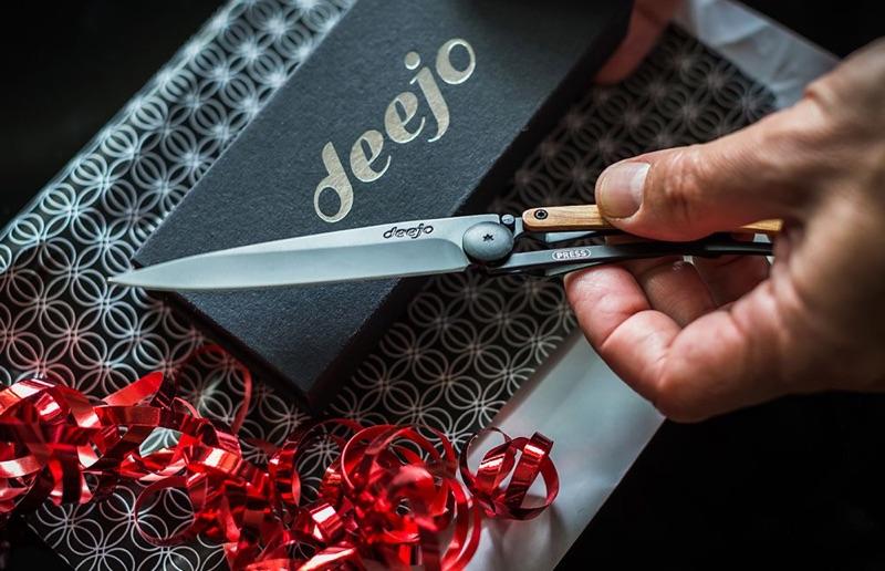 Make a Unique Statement with Deejo Custom Pocket Knives