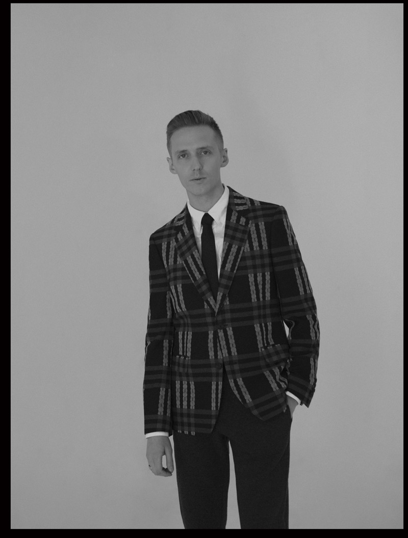 Suiting up, James Hatcher appears in a L'Officiel Hommes Thailand photo shoot.