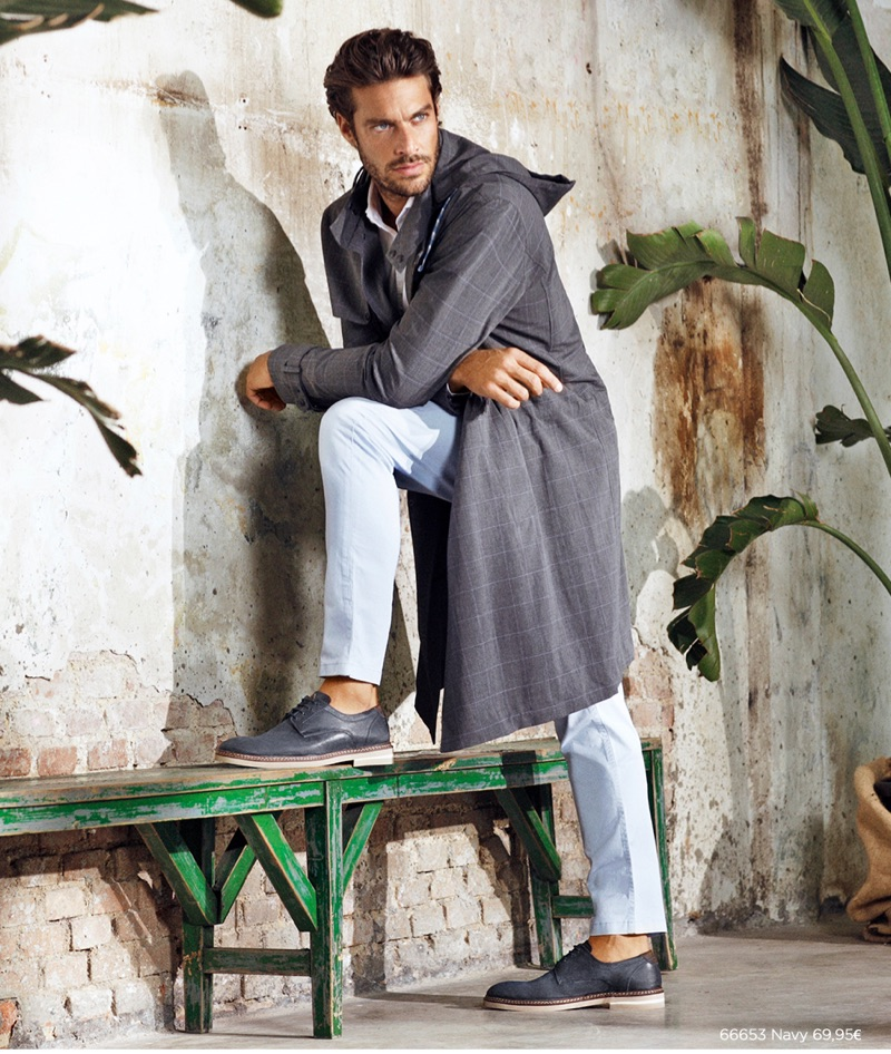 Gonçalo Teixeira stars in the spring-summer 2019 campaign of Carmela Shoes.