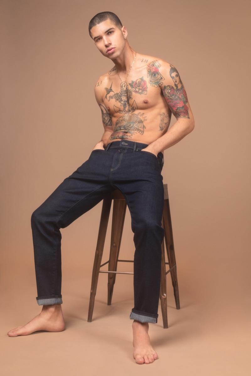 Daniel wears Mavi jeans.