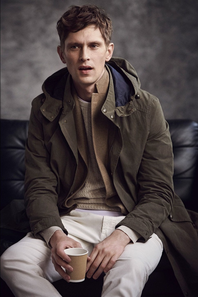 Layering in classic styles, Mathias Lauridsen connects with Massimo Dutti.