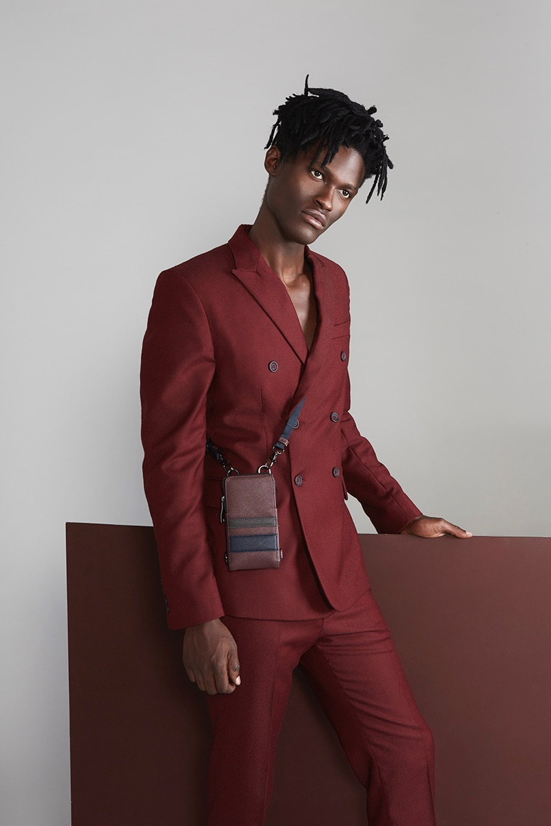 Jason wears suit Darkoh and bag Zara.