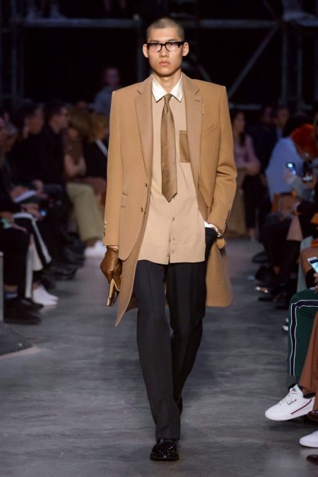 Tisci Proposes Hip New Burberry with Fall '19 Collection