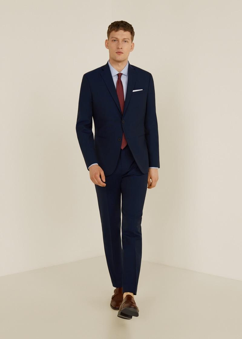 Bastian Thiery dons Mango's travel suit.