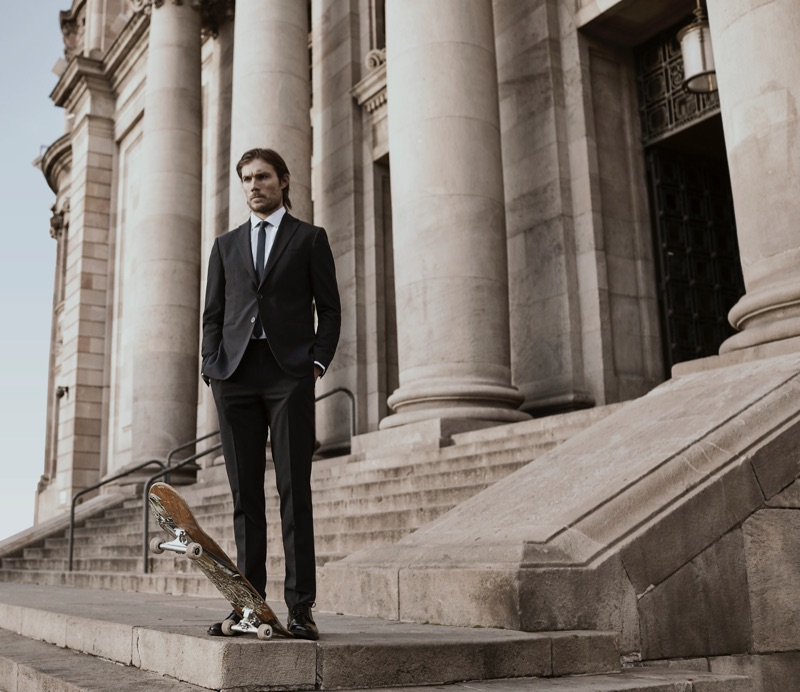 Mango puts its performance suiting front and center for its latest style outing.