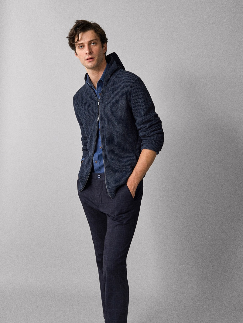 British model Matthew Bell sports a Massimo Dutti look that's perfect for a Valentine's Day date.