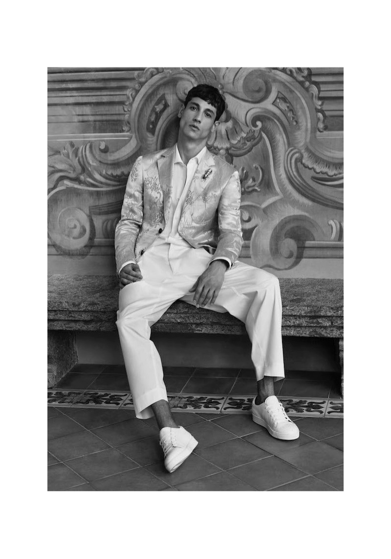 A chic vision, Nicolas Ripoll stars in Pal Zileri's spring-summer 2019 campaign.
