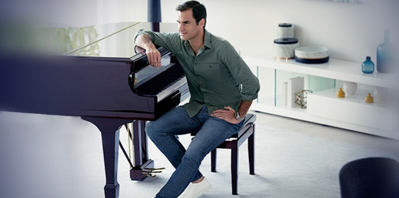 Connecting with UNIQLO, Roger Federer sports the brand's EZY jeans.