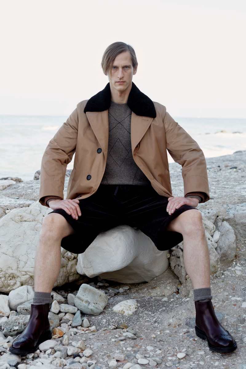 Front and center, Rogier Bosschaart models a pre-fall 2019 outfit by Salvatore Ferragamo.