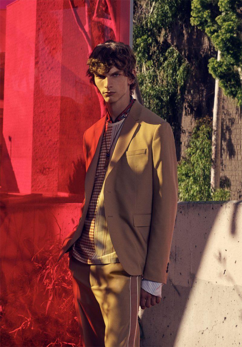 Model Erik Van Gils stars in Zara Man's spring 2019 campaign.
