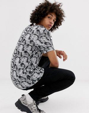 ASOS DESIGN relaxed t-shirt in snakeskin print - Multi