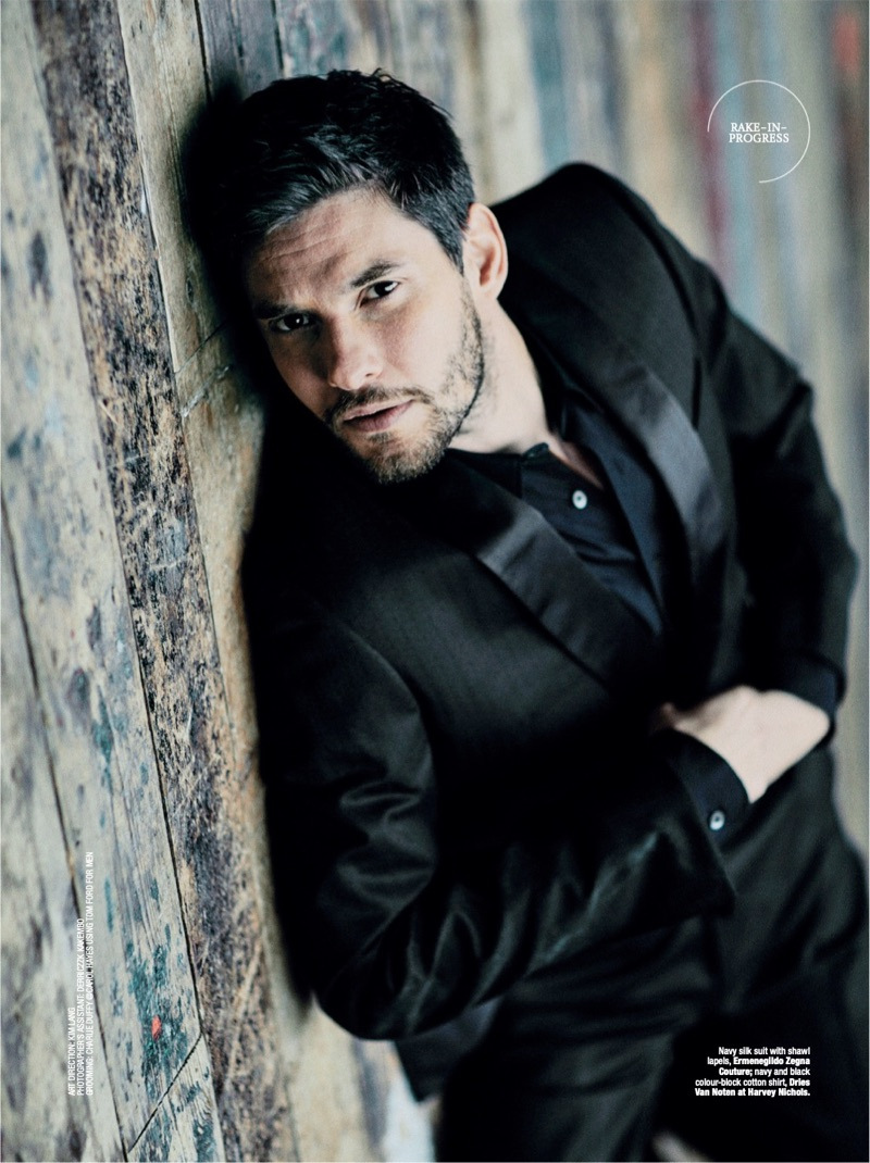 Starring in a photo shoot, Ben Barnes dons a silk suit by Ermenegildo Zegna Couture with a Dries Van Noten shirt.