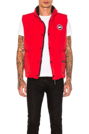 Canada Goose Freestyle Poly-Blend Vest in Red. - size S (also in M)