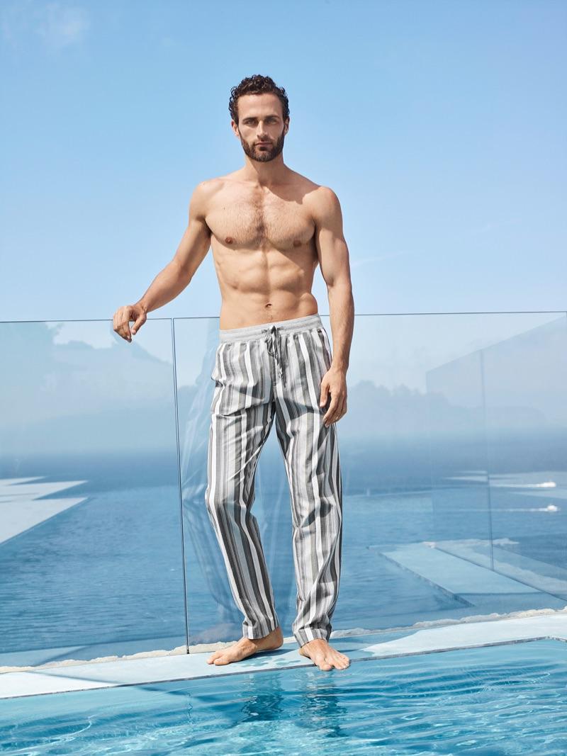 Christian Santamaria wears Hanro's Aldo long woven pants.