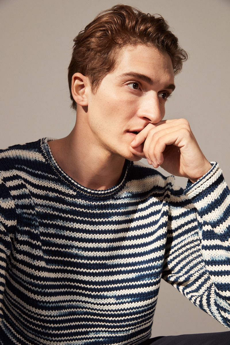 Sporting a striped knit, Matvey Lykov stars in Marc O'Polo's spring 2019 lookbook.