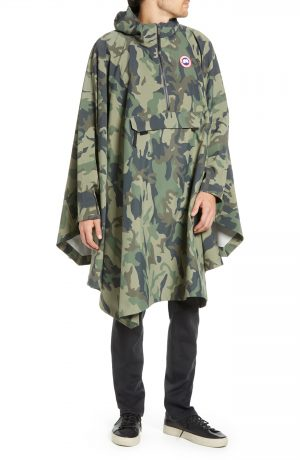 Men's Canada Goose Classic Fit Camo Field Poncho, Size One Size - Green