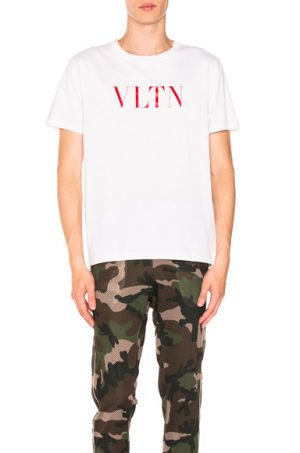 Valentino Logo Tee in White. - size L (also in M,S,XL,XS)