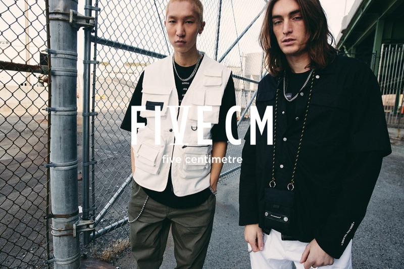 Wooseok Lee and Niko Traubman appear in 5cm's spring-summer 2019 campaign.