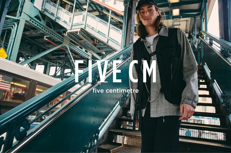 Niko Traubman fronts 5cm's spring-summer 2019 campaign.