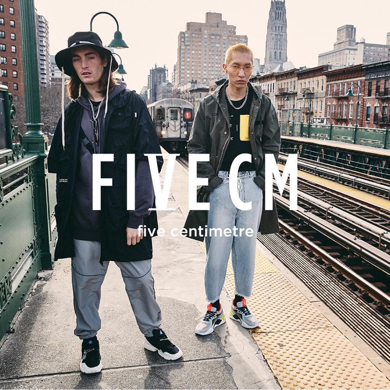 Captured in New York, Wooseok Lee and Niko Traubman appear in 5cm's spring-summer 2019 campaign.
