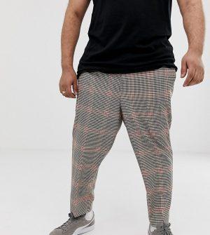 ASOS DESIGN Plus tapered pants in brown check - Brown