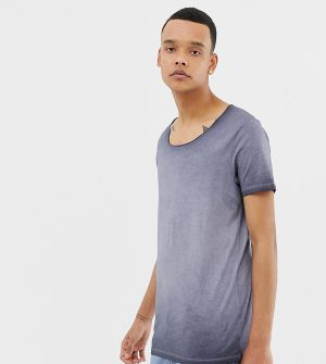 ASOS DESIGN Tall longline t-shirt with raw scoop neck in acid wash in gray - Gray