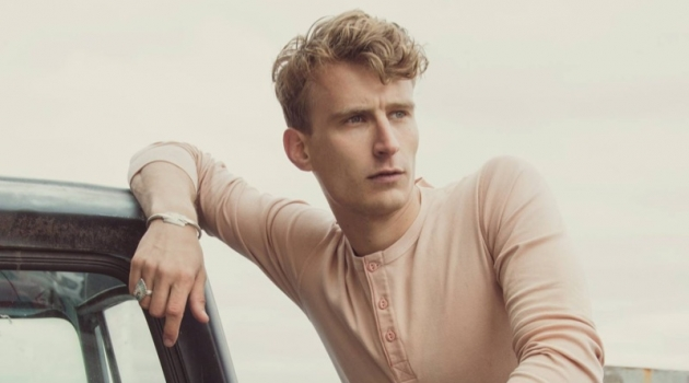 Reuniting with Hemen Biarritz, Caleb Fechtor stars in the brand's spring-summer 2019 campaign.