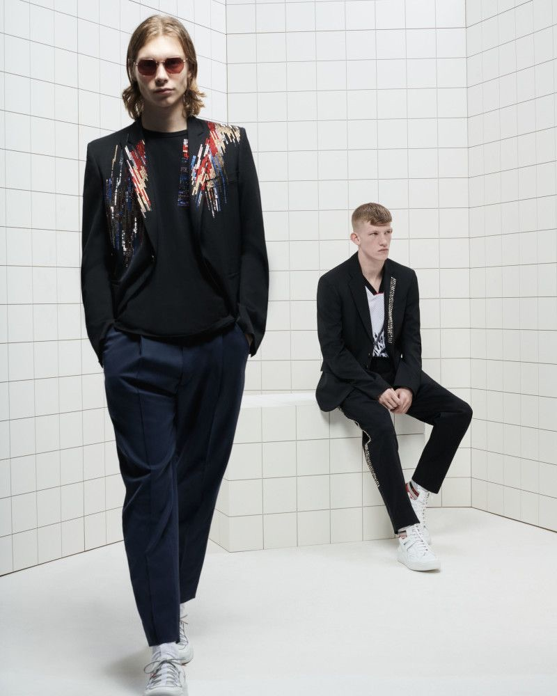 Donning relaxed tailoring, Kit Warrington and Connor Newall front Just Cavalli's spring-summer 2019 campaign.