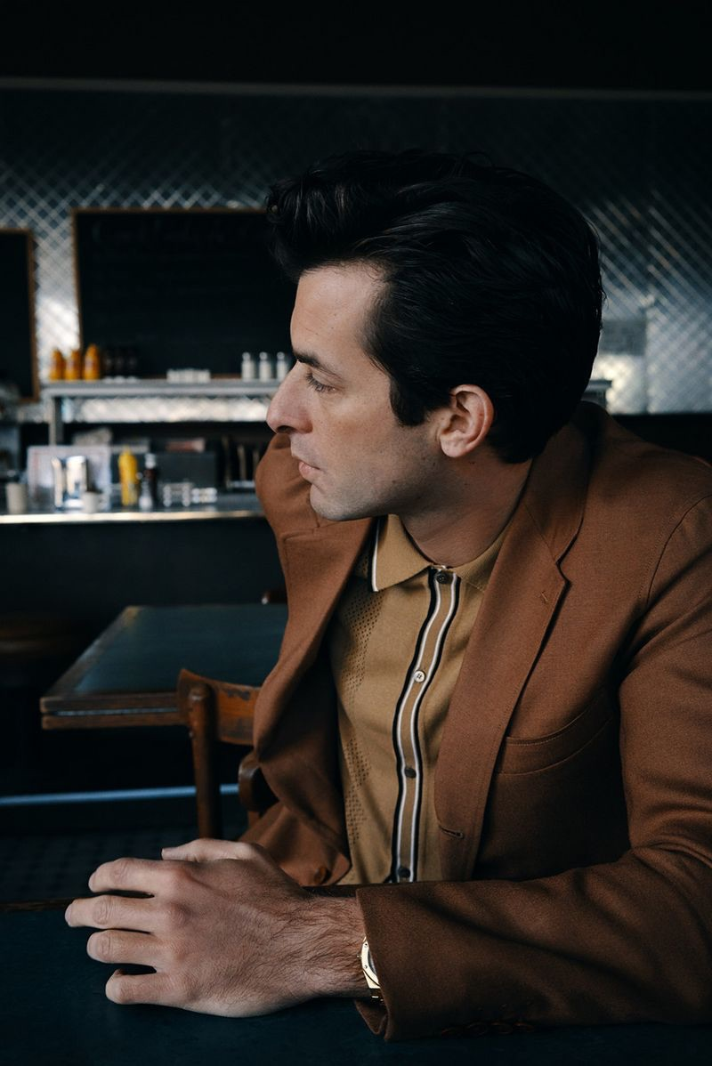 Grabbing a bite to eat, Mark Ronson wears a Camoshita suit jacket with a Fendi polo.