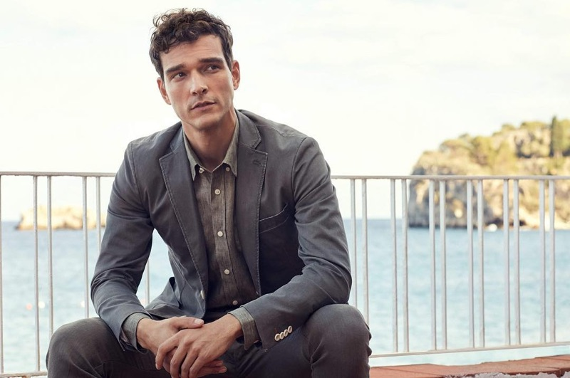 A sharp vision, Alexandre Cunha appears in Morris Stockholm's spring-summer 2019 campaign.
