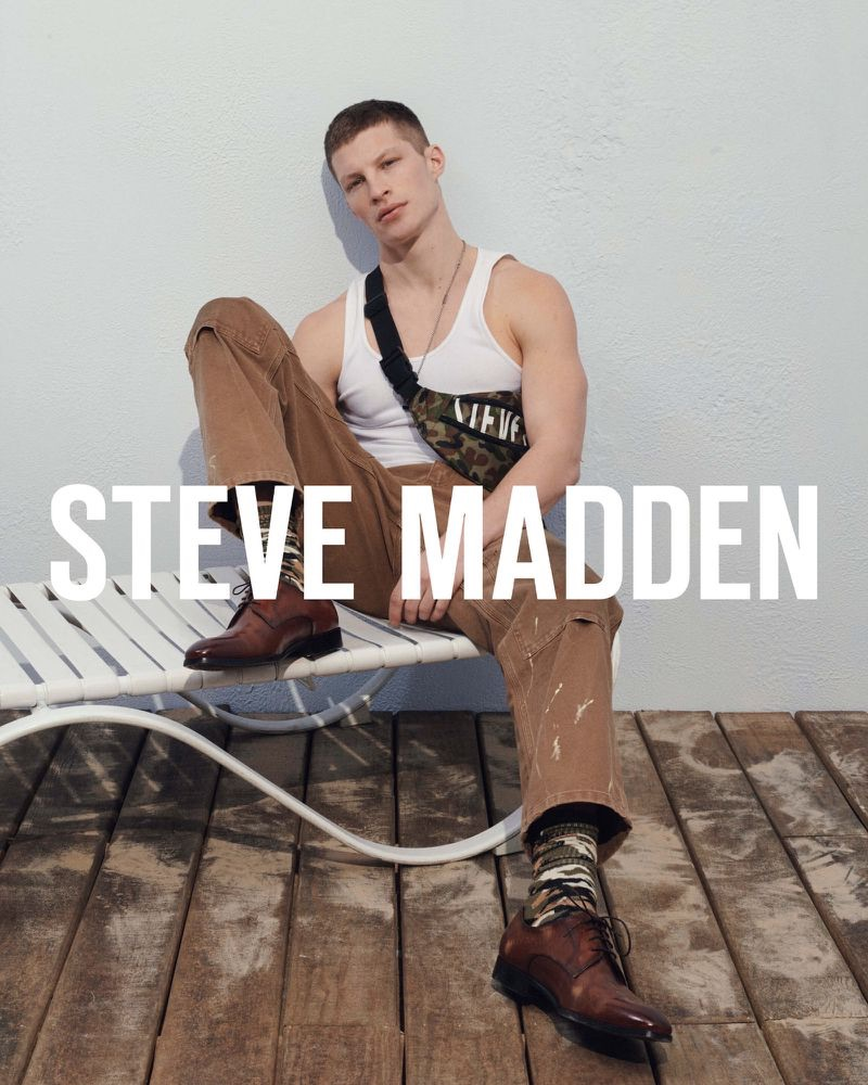 Model Jordan Paris stars in Steve Madden's summer 2019 campaign.