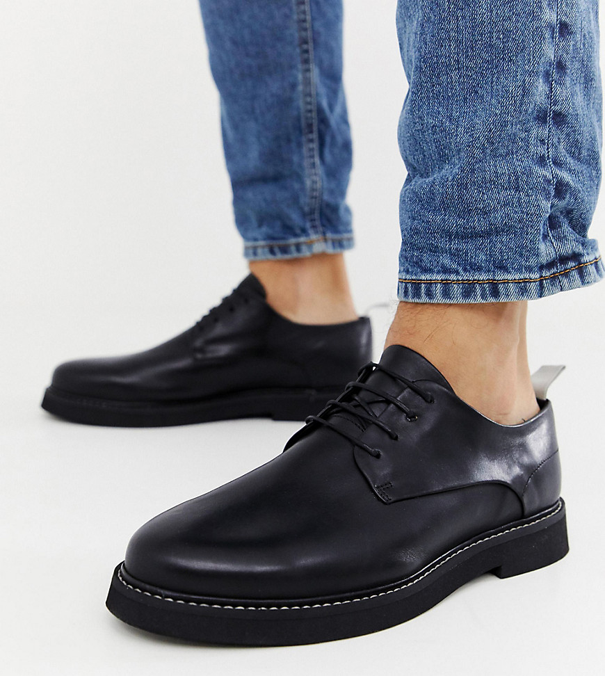c5e8058ed4f00 ASOS DESIGN Wide Fit lace up shoes in black leather with chunky sole – Black