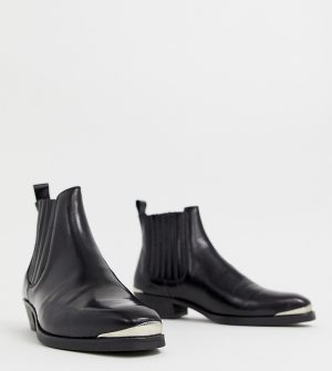 ASOS DESIGN stacked heel western chelsea boots in black leather with metal details - Black