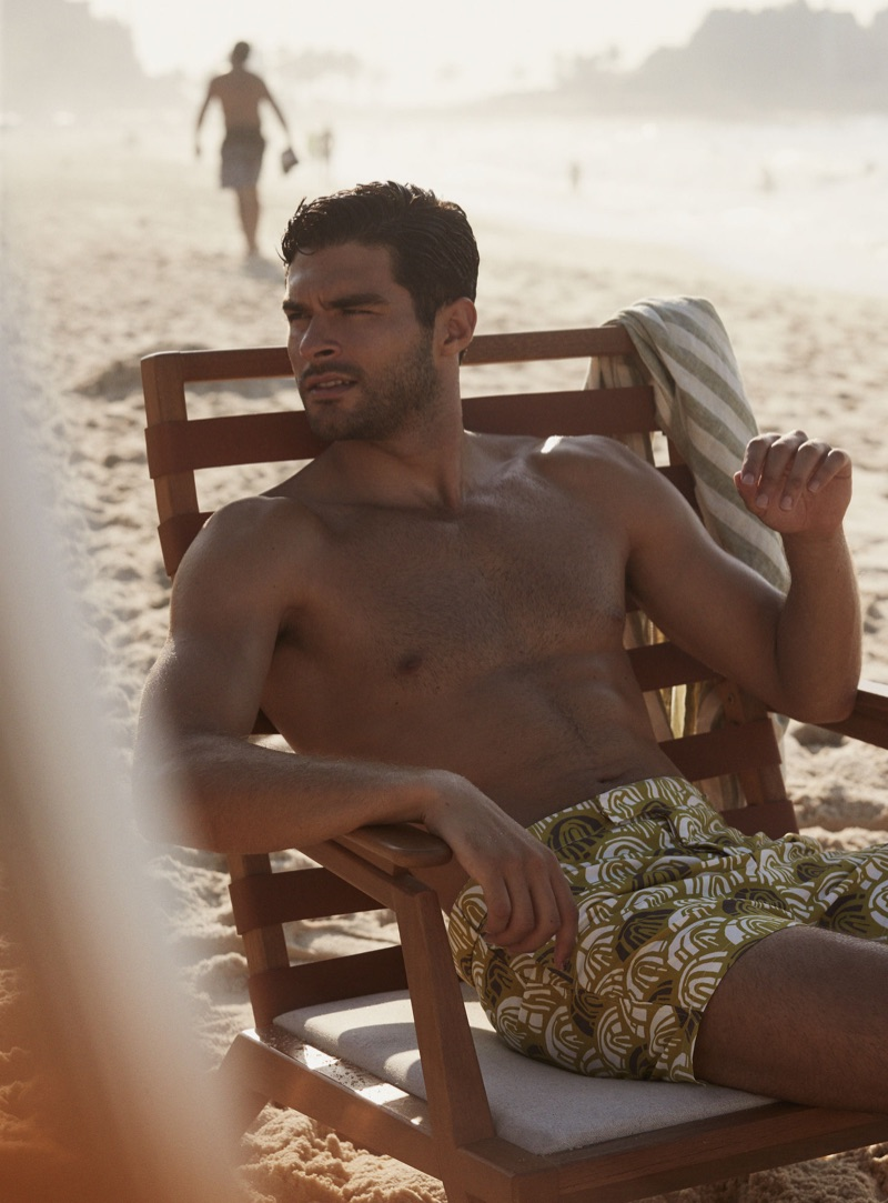 Relaxing on the beach, Pedro Aboud stars in a campaign for Frescobol Carioca.