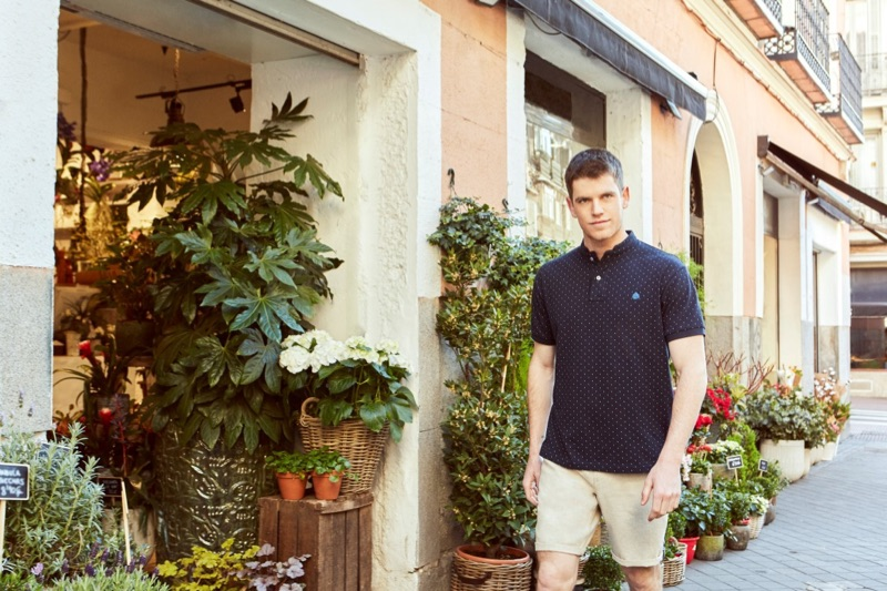 Miguel Bernardeau dons a polo shirt from his Springfield collaboration.