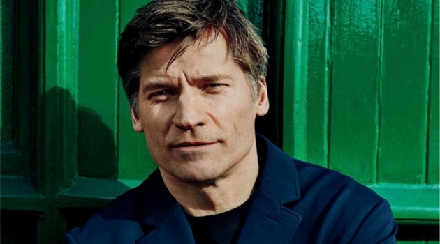 Connecting with Euroman, Nikolaj Coster-Waldau wears a BOSS coat with a Calvin Klein t-shirt.