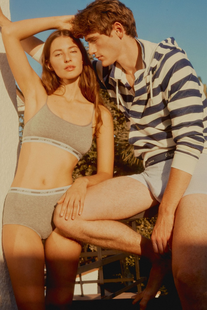 Marlene Kohrs and Tom Webb couple up in Pepe Jeans underwear.