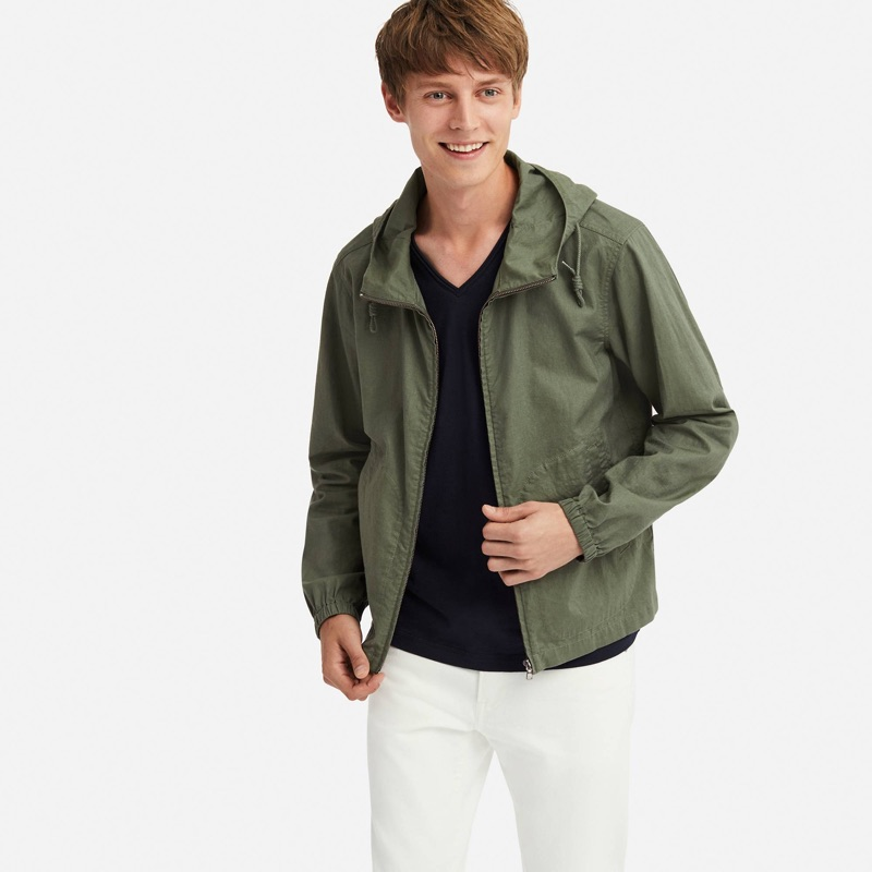 All smiles, Janis Ancens wears a UNIQLO linen cotton full-zip parka $49.90.